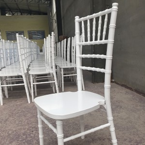 Uk style chiavari chair white