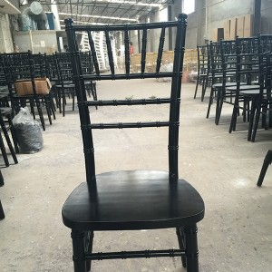 Uk style chiavari chair black