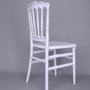 Resin Napoleon chair Pure white