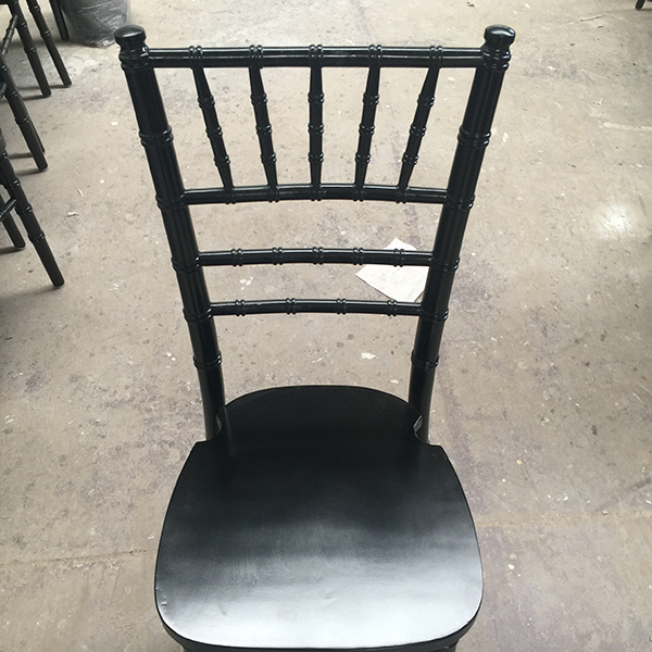 Best Price on Sellable Bar Wooden Chair -
