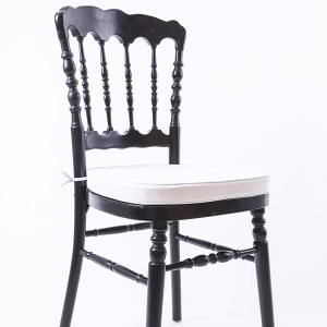 UK style napoleon chair black
