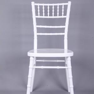 luxury Uk style chiavari chair white