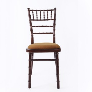 luxury Uk style chiavari chair purplish red
