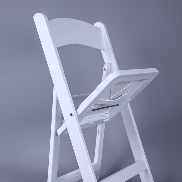 Manufacturing Companies for Silver Chiavari Chair With Cushion -
