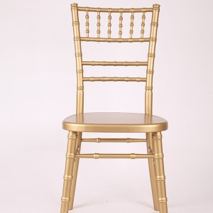 luxury Uk style chiavari chair Golden