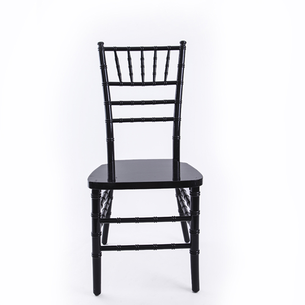 USA style chiavari chair black Featured Image