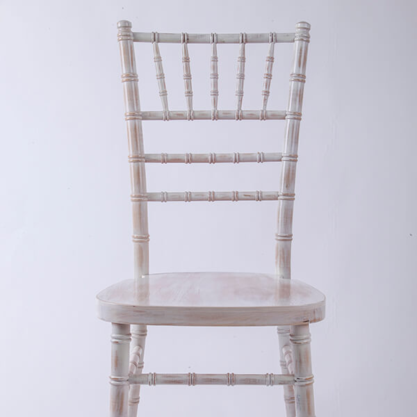 Uk style chiavari chair wash white Featured Image