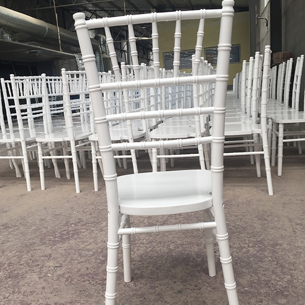Hot Selling for Castle Chiavari Chair -