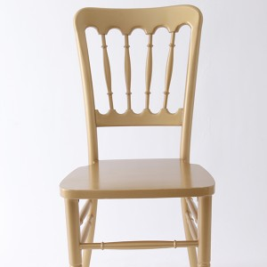 UK style castle chair Golden